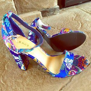 *NIB* Blue Floral Heels